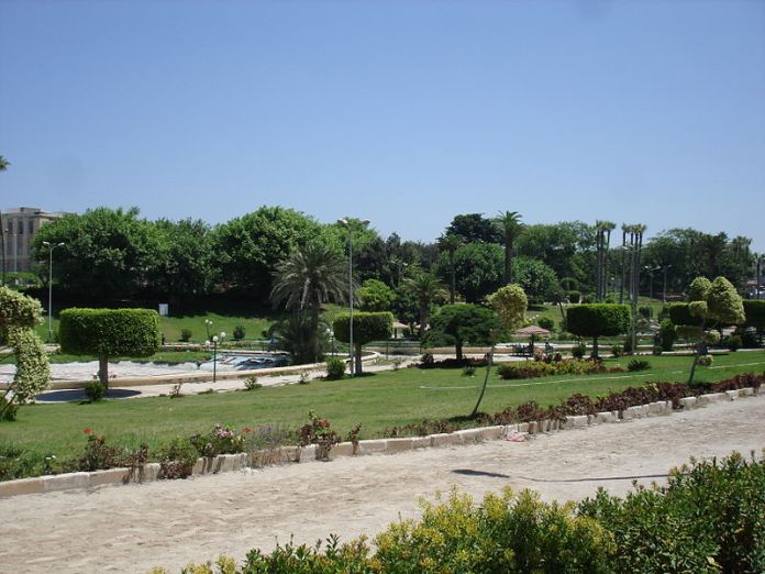 800px-Shalalat_gardens