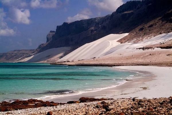 Socotra Island in Yemen-Socotra beaches tourism destinations