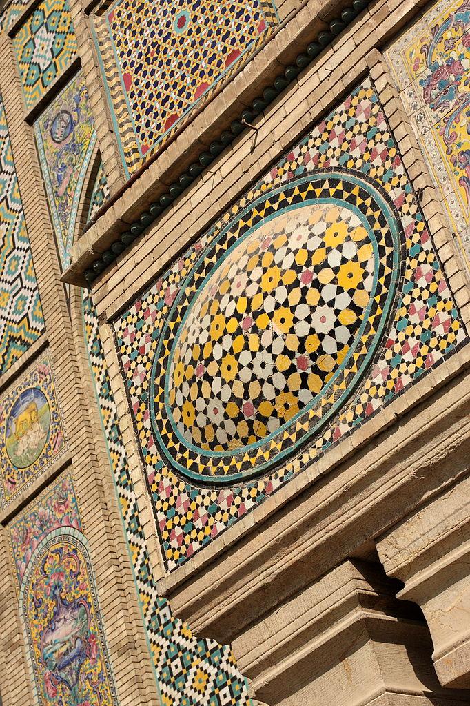 682px-Golestan_Palace,_Tehran,_Iran_(5071639453)