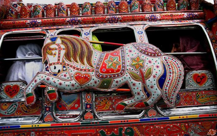 pakistan-truck-art-2011-7-22-3-32-11