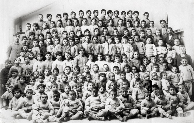 Armenian_Orphans,_Merzifon,_1918